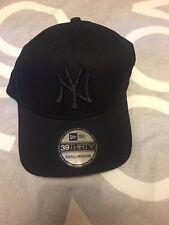 NY All Black New Era SnapBack 39thirty Size Small/Medium