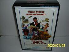 James Bond Sideshow Figure Man With The Golden Gun [Roger Moore]