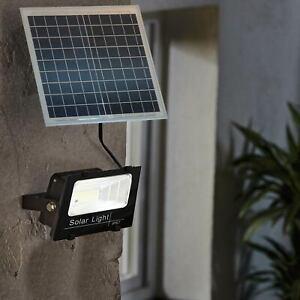 Faro Led 100W Con Pannello Solare Crepuscolare IP67 + Telecomando