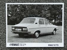 1970s RENAULT 12 TS PRESS PHOTOGRAPH (not brochure) - black and white