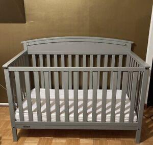 Graco Benton 5-in-1 Convertible Crib - Pebble Gray (04530-21F)