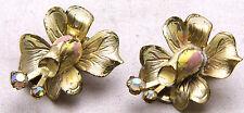 KRAMER Clip On Earrings FLOWERS w/Enamel Pretty & RARE Daily Wear Gold Tone