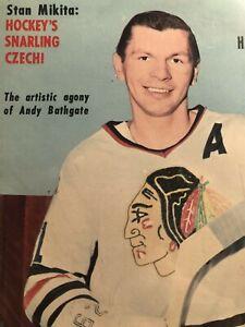 1966 Hockey Pictorial CHICAGO BLACKHAWKS Stan MIKITA NHL AHL WHL CPHL EHL IHL