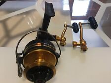 PENN 710Z SPINNING FISHING REEL COMES WITH 2 HANDLES