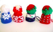 Inutilizzati vintage più simpatico set 4 Lana a Maglia Mini Berretti Cappelli Sci Natale ornamenti