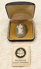 Wedgwood England 925 Sterling Silver Cameo Brooch Pin Green Jasper Figure NOS