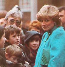 Princess Diana 100s of early photographs 1982 Hardcover Book from England