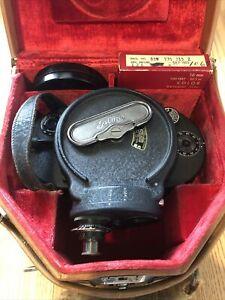 Filmo Bell & Howell Model 70 D - 16 mm Film Camera