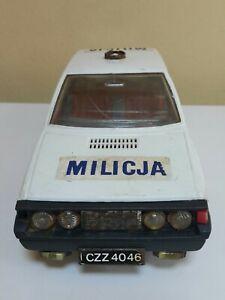 VINTAGE FIAT POLONEZ POLICE MILICJA FRICTION TOY LARGE PLASTIC POLAND BATT.OPER.