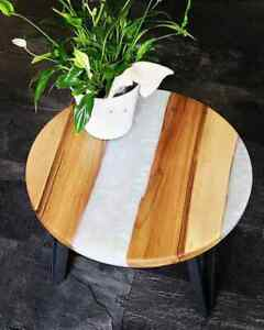 """18"""" Epoxy Resin Wooden Corner Table Top Home Office Decor"""
