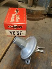NOS 1957 DESOTO FIRESWEEP 8 DISTRIBUTOR STANDARD VACUUM CONTROL MADE IN USA VC21