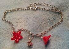 Armband mit Blüten-Kelche rot *gemaserte Ankerkette* silberfarben