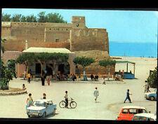 HAMMAMET (TUNISIE) Taxis SIMCA 1000 & RENAULT 4L , TERRASSE animée en 1984