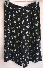 Dorothy Perkins Quarter Length Trousers Black With Yellow Flowers Size 8<NH3111