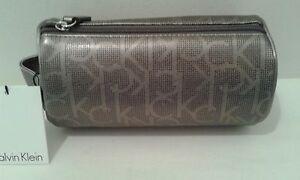 Calvin Klein Logo Taupe / Black  Round Cosmetic Make Up Bag $68 NWT   (LB001K)