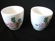 Paire De Royal Worcester EGG CUPS ref 533