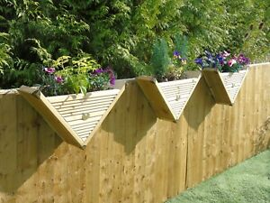 90° Triangle / Over The Fence Panel Hook - Decking Planter Window Basket Display
