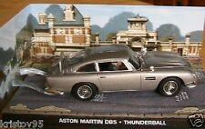 DIORAMA ASTON MARTIN DB5 JAMES BOND 007 THUNDERBALL
