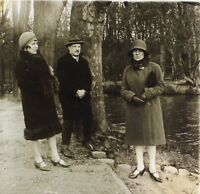 Un Uomo E Deux Femmes Nel Legno Modalità Placca Da Lente Stereo Vintage Ca 1925
