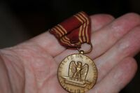 Efficiency Honor Fidelity WWII Good Conduct Medal U.S. Military Ribbon Pin Vinta