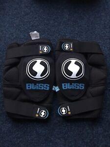 Bliss Arg Vertical Knee Pad Protection Mountain Bike Armour Gel Mtb Body Impact