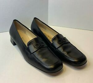 Salvatore Ferragamo Womens Shoes Size 9.5 2A AA Black Solid Leather Flat Loafers