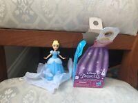 DISNEY PRINCESS SECRET STYLES CINDERELLA FIGURE NEW UNSEALED BOX