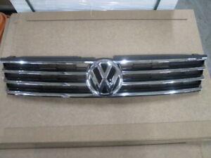 2015 2016 2017 VW VOLKSWAGEN TOUAREG UPPER GRILLE OEM USED 7P6853651 15 16 17
