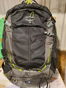Osprey Stratos 24 Mens Hiking Backpack One Size Gator Green Durable Imported New