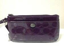 Coach Peyton Link C Embossed Patent Leather Go-Go Wristlet/Wallet F52078