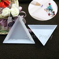 2Pcs Nail Art Stud Storage Display Plate Empty Triangular Plastic Plate Manicure
