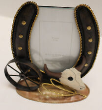 NEW Western Country Metal Horseshoe Design Picture Frame with Horse Shoe, Wheel