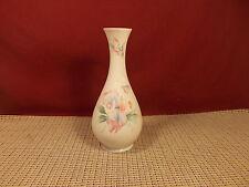 "Aynsley & Sons Fine Bone China LIttle Sweetheart Pattern Bud Vase 7 3/8"""