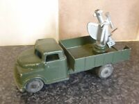 VINTAGE LONE STAR MODERN ARMY SERIES GREEN LORRY ROCKET LAUNCHER