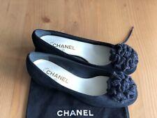 NEW Authentic Chanel Black Suede Leather Camellia CC Logo Flats Size EU 38 US 8