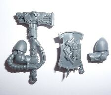 Adeptus Astartes Space Wolves Pack Thunder Hammer/Stormshield G604