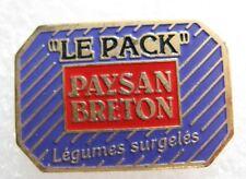 "Pin's PAYSAN BRETON Légumes surgelés "" Les pack "" #1246"