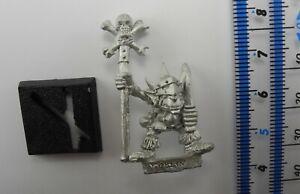 GOBLIN COMMAND STANDARD BEARER Metal Goblins Gitz Grots Army Warhammer 1990s 72