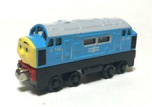 Thomas & Friends D199 Diecast Diesel Metal Take N Play 2010 Train Engine Toy