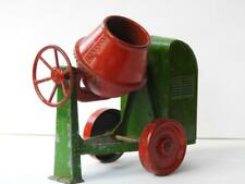 MOKO LESNEY 1948-50 LARGE SCALE CEMENT MIXER RED DRUM & WHEELS