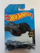 Hot Wheels - Movie Cars - DC Comics - Batmobile - Long Card