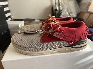 VISVIM Maliseet Mesh Shaman Folk Moccasin Grey/Red Sneakers Sz EU 42 | US 9