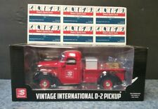 Speedway Die Cast Vintage International D-2 Pickup Truck New in Box 1:25 Scale