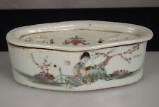 Chinese Porcelain Cricket Box