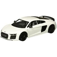 "Maisto M38135 1:18 Scale ""the Audi R8"" Die-cast Model (colours May Vary) - R8"