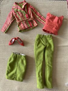 """TONNER DOLL 16"""" original Outfit for Tyler-Sydney : red and green"""
