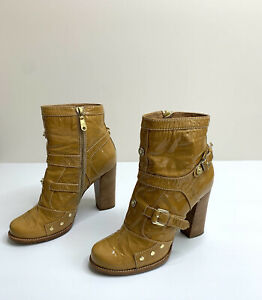 Designer Mulberry Women's Mustard Patent Leather Heel Boots Sz 40 Made in Italy