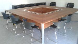une table bureau de reunion conférence design carrée I-Meet 3,20m x 3,20m
