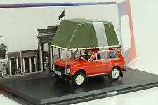 Lada Niva con tienda de techo 1981 rojo coche modelo 1 43 / ist Models
