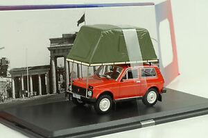 1981 lada Niva Avec Tente Sur Toit Rouge 1:43 Ist